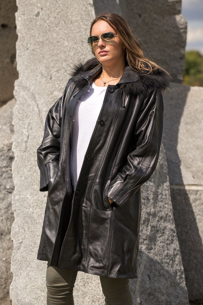 Ženska kožna pelerina -Mirella - Crna
