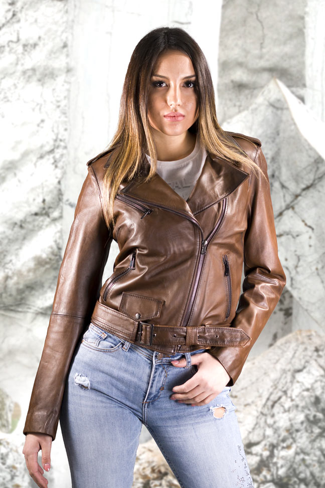 Ženska kožna jakna - Nelly - Braon