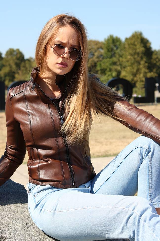 Ženska kožna jakna - Daria - Braon